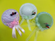 Pincushions have taken over my life! I just love making pincushions! Shown below are some of the pincushions I have made.       This was ...