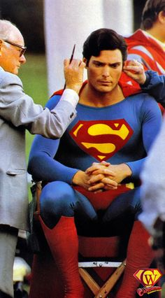 People behind the scenes making Superman super, Christopher Reeve, Marvel Comics, Action Comics 1, Marvel Dc, Superman Movies, Superman Family, Superman Characters, Superman Man Of Steel, Batman And Superman, Christopher Reeve Superman