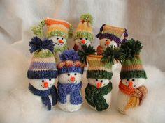 Fiddlesticks - My crochet and knitting ramblings.: Snow People Fiddlesticks - My crochet and knitting ramblings.: Snow People Fiddlesticks - My crochet and knitting ramblings.: Snow People Fiddlesticks - My crochet and knitting ramblings. Cute Snowman, Snowman Crafts, Christmas Snowman, Christmas Stockings, Christmas Crafts, Snowmen, Christmas Things, Christmas Ideas, Knit Or Crochet
