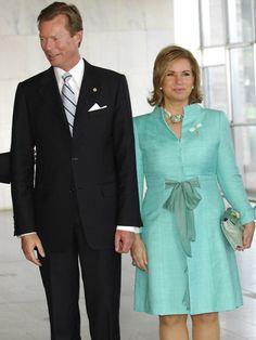 Wie schön, dass es in Europas Königs- und Fürstenhäusern auch noch Ehen gibt, die beständig und glücklich sind. Zum Beispiel in Luxemburg.