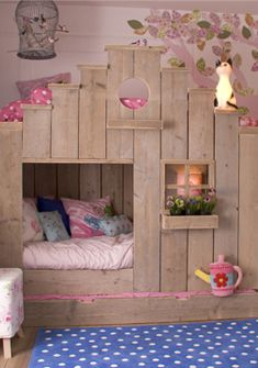 The best bunk bed ever. I am SO going to build this for my daughter
