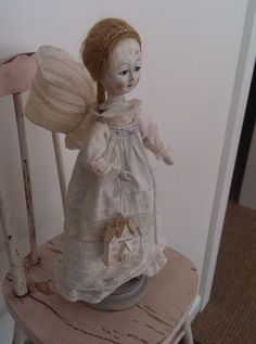 Primitive Antique Styl Queen Anne Wooden Jointed Folk Art Doll by Atticbabys | eBay