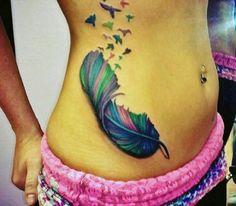 tatuaże dla dziewczyn pióro i ptaki