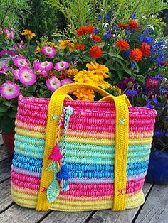 Ropey Tote -- crochet pattern by Alia Bland