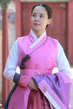 The Fugitive of Joseon (Hangul: 천명 : 조선판 도망자 이야기; RR: Cheonmyeong : Joseonpan…