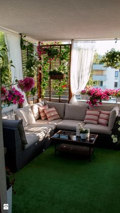 Balkon Ideen, Balkon Ideen Möbel Deko Connoxat - Schlafzim You are in the right place about Balcony Garden flowers Here we offer you the most beautiful pictures about the Balcony Garden cheap you are Decor, House Design, Home And Garden, Patio Decor, Interior Design, Home Decor, Apartment Balcony Decorating, Home Deco, Outdoor Furniture Sets