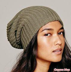 Стильная шапка-бини спицами. Описание