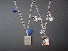 Pick Mini Picture by TheHoneyBeeCrafts Mini Picture Frames, Chevron Paper, Laura Palmer, Twin Peaks, Design Your Own, Silver Color, Antique Silver, Glass Beads, Arrow Necklace