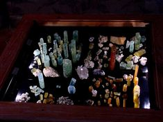 Treasure hunters journey round the world to search for gems. The United States is the home to a wealth of treasure. Here list America's top ten hotsp… Stuff To Do, Things To Do, Gem Hunt, Maine New England, Finding Treasure, Rock Hunting, Crystal Collection, Rocks And Gems, Rocks And Minerals