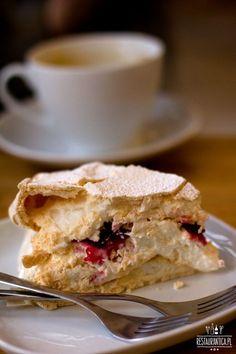 Meringue cake @Kubek w Kubek Cafe / Warsaw
