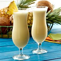 Piña Colada How to Make Piña Colada Piña Coladas are just about the official beverage of Puerto Rico, but they are enjoyed worldwide by everyone who loves the sweet taste of pineapple, blended with velvety coconut cream. Whether or not you prefer yours spiked with rum, tropical island pleasure is as easy as one, two, three: Crushed ice plus GOYA® Pineapple Juice, plus Coco GOYA® Cream of Coconut equals one delicious piña colada. Virgin Pina Colada, Frozen Pina Colada, Fancy Drinks, Yummy Drinks, Alcohol Recipes, Pineapple Juice, Mojito, Caipirinha, Margaritas