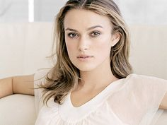 Keira Knightley is an English actress and model. Her full name is Keira Christina Knightley. Keira Knightley, Keira Christina Knightley, Most Beautiful Women, Beautiful People, Dead Beautiful, Pretty People, Actrices Hollywood, Square Faces, Celebrity Hairstyles