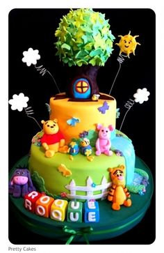 Winnie Pooh By MaryPily on CakeCentral.com