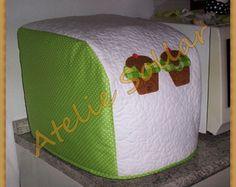 Capa Para Panificadora Doméstica Outdoor Furniture, Outdoor Decor, Ottoman, Patches, Crafty, Show, Home Decor, Kitchen Kit, Kitchen Accessories