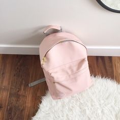 ♡ Breakfast at Shawna's ♡ Happy New Year loves! I hope all your dreams come true in Cute Backpacks, School Backpacks, Backpack Purse, Leather Backpack, Fashion Bags, Fashion Backpack, Mochila Jansport, Fashion And Beauty Tips, Cute Bags