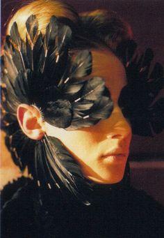 horreure: shaun leane for alexander mcqueen spring/summer 2003