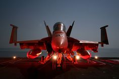 AWESOME MILITARY PICTURES  RED HOT F-18 SUPER HORNET - NOSE ON NIGHT SHOT!