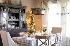 Christmas Home Tour-Around the Watts House-Dining Room