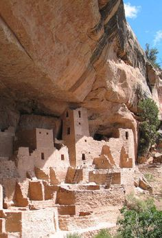 Mesa Verde - Photo courtesy of Crow Canyon Archaeological Center. - Mesa Verde - Photo courtesy of Crow Canyon Archaeological Center. Travel New Mexico, New Mexico Usa, Texas Travel, Travel Usa, Places To Travel, Places To See, Family Vacation Destinations, Vacation Ideas, Family Vacations