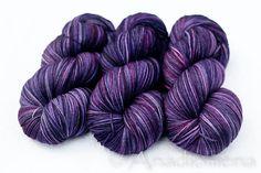 Dia Light - Velvet -  Colour Adventures (fibers: superwash merino) on Etsy, £13.48