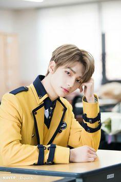Stray Children Hyunjin Graduation Photoshoot by Naver x Dispatch. Lee Min Ho, Rapper, Onii San, Graduation Photoshoot, Prince, Korean Boy, Wattpad, Lee Know, Kpop Boy
