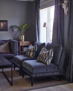Lovely dark colours from Norwegian designer @ halvor. Living Room Inspiration, Interior Inspiration, Interior Decorating, Interior Design, Classic Interior, Living Room Grey, Flat Design, Home Furnishings, Home Goods