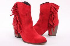 Ik wil rode laarsjes : )
