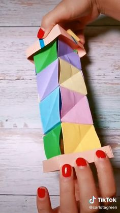 Diy Crafts Hacks, Diy Crafts For Gifts, Diy Arts And Crafts, Craft Tutorials, Origami Toys, Instruções Origami, Origami And Quilling, Cool Paper Crafts, Paper Flowers Craft