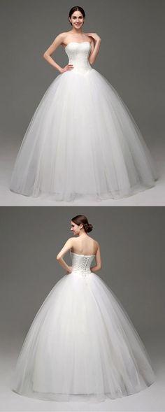 Vestido de novia sencillo color beige