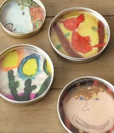 Cool Recycled Craft Idea: Jar Lid Frames - Attach them together to form a heart, an initial or cool punctuation signs like ! or +