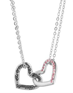 The Sister Hearts necklace