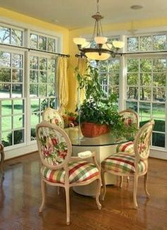 Fancy French Country Dining Room Decor Ideas (42)