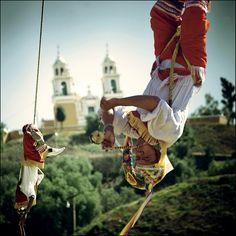Danza de los Voladores de Papantla, Veracruz Seeing this in person is incredibly amazing..