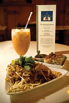 The Smiling Elephant serves up authentic Thai food in the Melrose neighborhood of Nashville, Tennessee. #Nashville #MusicCity #NashvilleEats