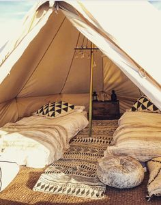 Bell Tent hire/Glamping in France - Snazzy Camp Teepee Camping, Bell Tent Glamping, Yurt Tent, Outdoor Camping, Tent Hire, Diy Tent, Camping Style, Decoration, Camping Kitchen