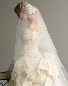 Wedding Girl, Wedding Bride, Beautiful Wedding Gowns, Beautiful Dresses, Retro Wedding Dresses, Perfect Bride, Bridal Beauty, Bridal Style, Bridal Gowns