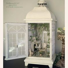 MiNiaTuRe BaCK YaRD Vitrine Miniature, Miniature Rooms, Miniature Crafts, Miniature Houses, Dollhous . Vitrine Miniature, Miniature Rooms, Miniature Crafts, Miniature Fairy Gardens, Miniature Houses, Miniature Kitchen, Fairy Lanterns, Christmas Lanterns, Lanterns Decor