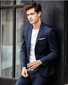 Francisco Lachowski as Kile Woodwork. Francisco Lachowski, Beautiful Boys, Pretty Boys, Images Instagram, Best Hair Brush, Mode Man, Style Masculin, Herren Outfit, Photography Poses For Men