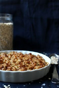 Wicked sweet kitchen: Salted caramel apple crumble pie