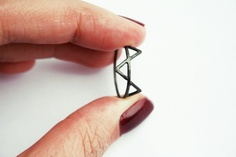 Black Three Spikes Ring