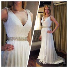Sophisticated and simple grecian wedding dress #grecian #goddess #belfiorebridal www.BelFioreBridal.com