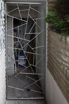 New Metal Door Design Wrought Iron Garden Gates Ideas Window Grill Design Modern, Balcony Grill Design, Grill Door Design, Door Gate Design, House Gate Design, Main Door Design, Railing Design, Tor Design, Door Grill