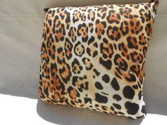 pillow leopard print  brown  beige  viscose  cotton  di Ilfilodoro, €43.00