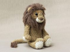 Amigurumi crochet lion pattern