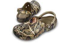 Crocs™  Realtree®i want the slipper ones that r very fuzzy and comfy