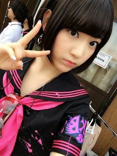 AKB48 / HKT48 member Miyawaki Sakura 宮脇ちゃん :3