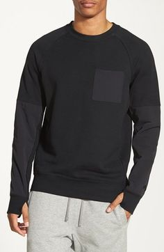 Free shipping and returns on Nike SB 'Everett' Pocket Raglan Crewneck Sweatshirt at Nordstrom.com. A tonal stretch-nylon chest pocket, sleeve and backpanels style a modern raglan crewneck sweatshirt finished with thumbholecuffs that pad the palms if you take a nasty spill on the concrete.
