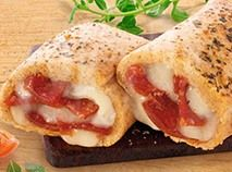This easy, high–protein lunch features mozzarella, pepperoni and zesty sauce in a seasoned crust. Keep your diet in check with this delicious meal! Nutri System Diet, Healthy Meal Prep, Healthy Food, Breakfast Burger, Chef's Choice, Diet Recipes, Healthy Recipes, Best Weight Loss Foods, Diet Plan Menu