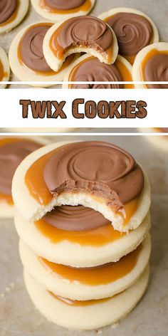 Twix Cookies are a gentle sugar cookie crust, with a creamy caramel on high which i. Twix Cookies are a gentle sugar cookie crust, with a creamy caramel on high which is topped with milk chocolate. This scrumptious cookie explodes with. Delicious Cookie Recipes, Chocolate Cookie Recipes, Easy Cookie Recipes, Sweet Recipes, Yummy Food, Chocolate Chips, Desserts Caramel, Easy Desserts, Fun Baking Recipes