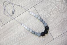 Silicone Teething Necklace Nursing Necklace black от TeetherLand